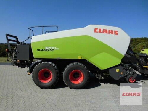 Claas Quadrant 3200 FC Baujahr 2013 Schwend