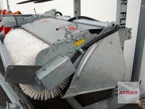Fliegl Kehrmaschine Kehpro1500 Godina proizvodnje 2017 Töging am Inn