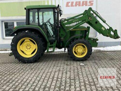 Traktor John Deere - 6200