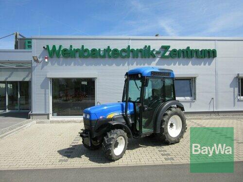 New Holland Tn 70 Va anno di costruzione 2006 Volkach