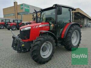 Traktor Massey Ferguson 4709 Essential AdBlue Bild 0