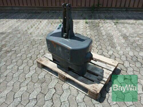 Massey Ferguson Frontgewicht 900 Kg Baujahr 2009 Manching