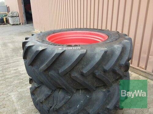 Michelin Kpl. Räder 2x 520/70r38 Baujahr 2013 Manching