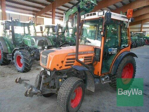 Fendt Traktor Fendt Farmer 207 Va Ko Año de fabricación 2008 Accionamiento 4 ruedas