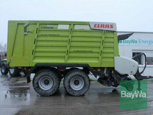 Claas Cargo 8300 anno di costruzione 2016 Straubing