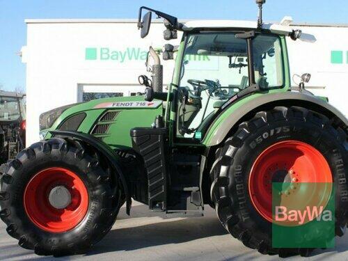 Traktor Fendt - 718 VARIO SCR PROFI PLUS