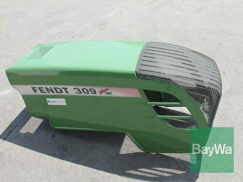 Fendt Motorhaube 300 Vario Straubing